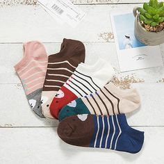 1 Pair of Women Girl Lace Antiskid Invisible Short Ankle Boat Low Cut Ice Socks for Summer Fashion Socks, Cute Fashion, Boys Socks, Women Socks, Ladies Socks, Winter Socks, Short Socks, Female Girl, Cotton Socks