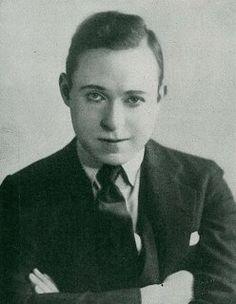 Harry Langdon, vaudevillian, silent movie and early talkies, comedian, comedy script writer, director (Tramp, Tramp, Tramp, Long Pants) 1884-1944