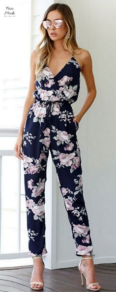 c65994669a0 V-Neck Floral Printed Jumpsuit Type  Jumpsuits Length  Full Length Style   Bohemian Fit Type  Loose Pattern Type  Print Fabric Type  Broadcloth Item  Type  ...