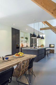Küchen Inspiration – My Best Decor Open Plan Kitchen Living Room, Kitchen On A Budget, New Kitchen, Kitchen Dining, Kitchen Decor, Rustic Kitchen Island, Classic Kitchen, Kitchen Cabinet Layout, Kitchen Interior