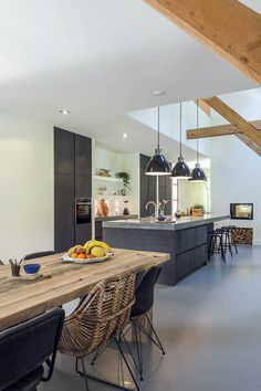 Küchen Inspiration – My Best Decor Open Plan Kitchen Living Room, Kitchen On A Budget, New Kitchen, Kitchen Dining, Kitchen Decor, Kitchen Interior, Home Interior Design, Classic Kitchen, Kitchen Cabinet Layout