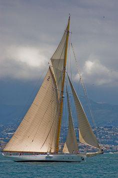 Sailing a Classic