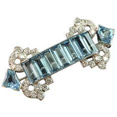 CARTIER Beautiful aquamarine & diamond brooch