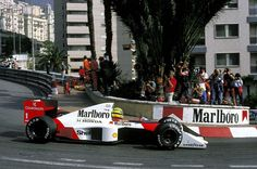 Ayrton Senna Onboard à Monaco - Ça secoue ! De l'essence dans mes veines