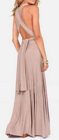 With summer beach parties and evening dinner parties, you may need a dress that can do it all! We think this one will do the trick with its maxi silhouette,pretty design,and beautifully textured woven fabric.Find it at OASAP!