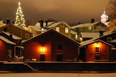 Visit Porvoo Old Town during Christmas time to experience a traditional and idyllic Christmas setting in Finland.