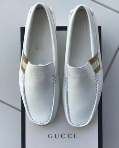 Gucci Mens White Driver Loafer Leather Slip On Shoes Size 10 - Mens Gucci - Ideas of Mens Gucci - Gucci Mens White Driver Loafer Leather Slip On Shoes Size 10 Gucci Mens Sneakers, Sneakers Fashion, Fashion Shoes, Mens Fashion, Leather Loafer Shoes, Leather Slip On Shoes, Loafers Men, Gucci Loafers, Penny Loafers