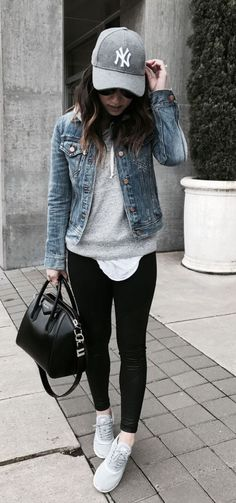 58207f2cc3e 19 Outfits With Black Leggings To Copy As Soon As Possible