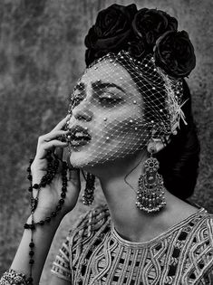 The stunning Ukrainian model Zhenya Katava takes the pages of C Magazine's January 2016 edition captured by fashion photographer Christian Anwander. Styling is work of Deborah Afshani, with makeup by Liset Garza, and hair styling Beauty Photography, White Photography, Portrait Photography, Fashion Photography, B&w Wallpaper, Retro Mode, Foto Art, California Style, California Fashion