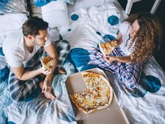 The top 20 foods Americans like to eat before sex  ||  Who says food can't be foreplay. Find out what Americans are eating before they get it on, plus the other foreplay moves men and women use to set the mood. https://www.mensfitness.com/life/entertainment/what-americans-eat-sex?utm_campaign=crowdfire&utm_content=crowdfire&utm_medium=social&utm_source=pinterest