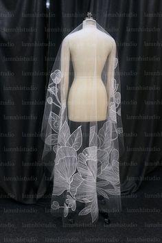 Fingertip Veil, Mantilla Veil, Lace Veils, Got Married, Getting Married, Flower Veil, Bridal Cape, Wedding Veil, Wedding Looks
