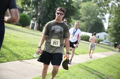 Want to have a good 10k run and honor one of the Marine Corp's most respected members? That's the Gen/ Chesty Puller 10K. Sign up today!