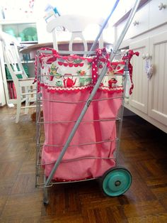 Sweet Bee Cottage - vintage cart with charming lining