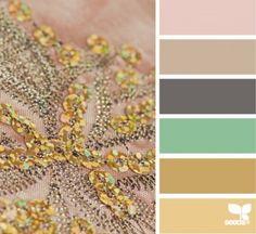 Oud roze, licht bruin, donker grijs, groen/blauw, honing kleur donker/licht...Heel veel inspiratie!...