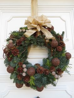 Not a fan of the bow but I like the wreath
