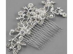 Generic Bridal Wedding Flower Crystal Rhinestones Pearls Women Hair Clip Comb No description (Barcode EAN = 0522255113552). http://www.comparestoreprices.co.uk/wedding-accessories/generic-bridal-wedding-flower-crystal-rhinestones-pearls-women-hair-clip-comb.asp