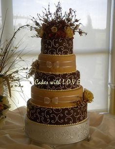 Fall Wedding Cake by Cakes with L.O.V.E., via Flickr