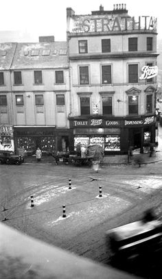 Corner of High Street and Reform Street, also known as Boots corner Ref: Dundee City, Historical Pictures, Urban Landscape, Vintage Photography, Bird Houses, Old Photos, Britain, Scotland, Places To Go