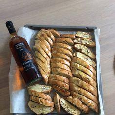 Cantuccini, mandelkjeks fra Toscana. Norsk oppskrift.