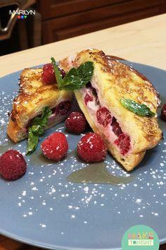 Breakfast Desayunos, Breakfast Dishes, Breakfast Recipes, Brunch Recipes, Dessert Recipes, Raspberry Recipes, Good Food, Yummy Food, Just Desserts
