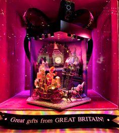 Bloomingdales Window Display – Great Britain