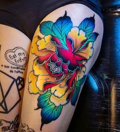 Black and gray tattoos geisha tattoo design traditional, geisha tattoo cherry blossom, geisha tattoo for men half sleeves, geisha tattoo chest, sailor jerry geisha Tattoos Bein, Leg Tattoos, Body Art Tattoos, Tattoos For Guys, Dragon Tattoos, Tattoo Thigh, Arabic Tattoos, Girl Tattoos, Coy Fish Tattoos