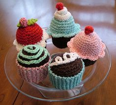 Crocheted Cupcakes by Quilted Cupcake, via Flickr..