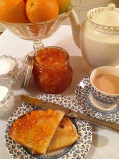 Marmalade, toast and tea ....Breakfast for Queen Elizabeth and you can have it too:)  Easiest ever Marmalade recipe (you make it in the microwave) and it's delicious too!