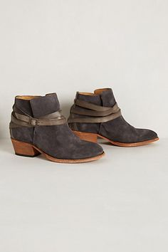 Great with skirts or trousers. Height is great for us shorter gals.