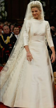 Decimo anniversario di matrimonio per Maxima e Willem Alexander Royal Wedding Gowns, Blue Wedding Dresses, Wedding Dresses Plus Size, Royal Weddings, Boho Wedding Dress, Tulle Wedding, Dream Wedding, Two Piece Wedding Dress, Classic Wedding Dress