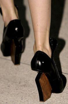 Architectural heels