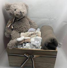 Σύνθεση σε ξύλινο κουτί Brown Bear, Teddy Bear, Toys, Animals, Activity Toys, Animales, Animaux, Clearance Toys, Teddy Bears