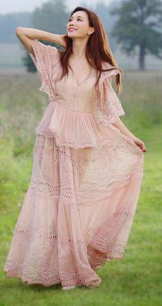 Lin Chi Ling, Beautiful Chinese Women, Cute Asian Girls, Fashion Outfits, Womens Fashion, Taiwan, Vogue, Boutique, Princess