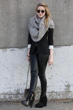#U see my point with the scarf?  Black Blazer #2dayslook #new #BlackBlazer #fashion  www.2dayslook.com