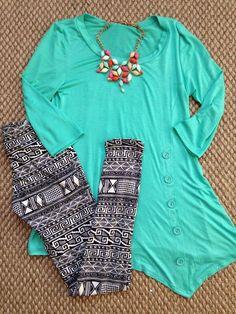 Lularoe Leggings outfit idea