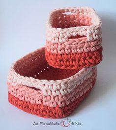 Cestas trapillo crochet Crochet Circle Pattern, Crochet Circles, Crochet Round, Crochet Patterns, Crochet Kitchen, Crochet Home, Knit Crochet, Diy Crochet Basket, Crochet Organizer