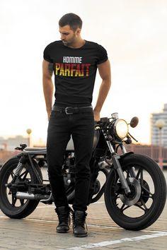 Jusqu'au 27 août 2020, Le T-shirt Homme Parfait est en promotion : -20 % The Beast, Jane Austen, Pirate Shirts, Father's Day, Yamaha R1, Hiking Shirts, All Family, Vintage Motorcycles, Pullover