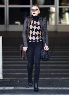 Chloe Grace Moretz - Chloe Moretz Touches Down At LAX