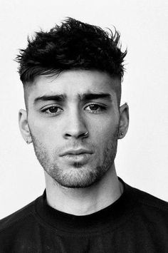 "Find out additional info on ""mens hairstyles Browse through our website. Cabelo Zayn Malik, Zayn Malik Hairstyle, Hairstyle Fade, Hairstyle Short, Zayn Malik Style, Zayn Malik Photos, Temp Fade Haircut, Zayn Mallik, Short Hair"