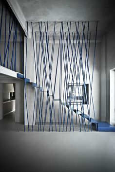 Blue stair railings and metal stairs in minimalist house - Modern Furniture Stairs Architecture, Architecture Details, Interior Architecture, Interior Design, Escalier Design, Space Dividers, Metal Stairs, Interior Stairs, Stair Railing