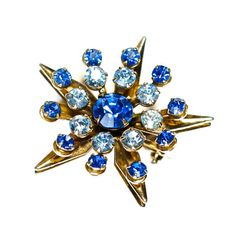 Blue Rhinestone Star Brooch Pin Jewelry Art Deco Sapphire Light & Dark Circling the Star $19.00