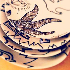 Set of porcelain plates signed by Mariana Cambero. Limited Edition. $ 300