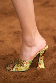 Prada Spring 2015 Ready-to-Wear - Details - Gallery - Look 71 - Style.com