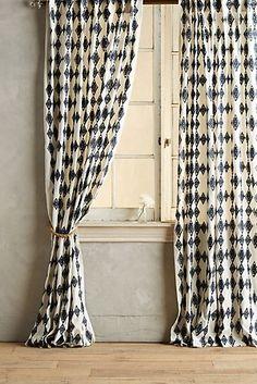 Tumbling Diamonds Curtain