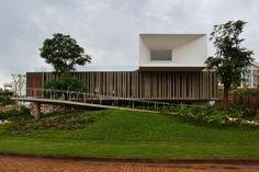 Piracicaba House  Photo: Isay Weinfeld