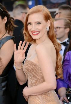 Jessica Chastain's red pout and retro waves at the Oscars