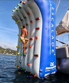 OEM Inflatable Climbing Wall For Water Park Yacht Party Outdoor Sport