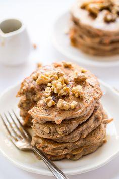 How to make SUPER HEALTHY carrot cake pancakes using quinoa flour & almond flour as the base!