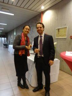 Eu com a Dra. Martine Piccart depois da defesa da tese.