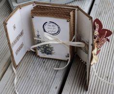 Mitt Lille Papirverksted: oktober 2015 Card Tutorials, The Wiz, Scoring Board, Origami, Cards, Scrapbooking, Album, Books, Decor